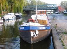 Tam & Di Murrell's boat Friesland