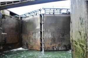 Look at the size of the lock gates!!