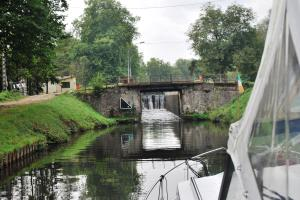Narrow locks only 1.3 meters wider than the boat- a tight fit