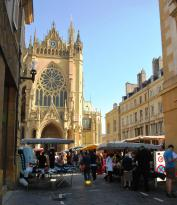 Metz Cathedral - Saturday market in front