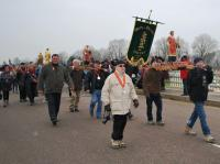 The St Vincent statues and banners in procession
