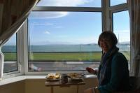We treated ourselfs to lunch look out at the sea
